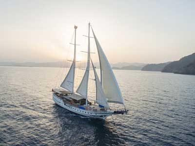 charter_yacht